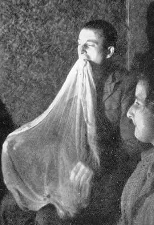 Spirit Photography Ectoplasm - What Is Ectoplasm?